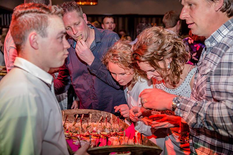 Trouwlocatie, trouwen, trouwfeest, huwelijksfeest, huwelijksdiner, ceremonie, Feestlocatie, feesten, Reimink, bedrijfsfeesten, trouwfeest, huwelijksfeest, feest op locatie, feestzaal, vergaderen, vergaderlocatie, Lemelerveld, Dalfsen, Ommen, Zwolle, Raalte, Overijssel, catering